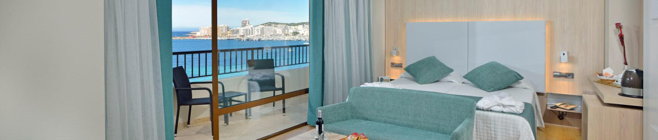 Camera premium vista hotel alua hawaii ibiza san antonio